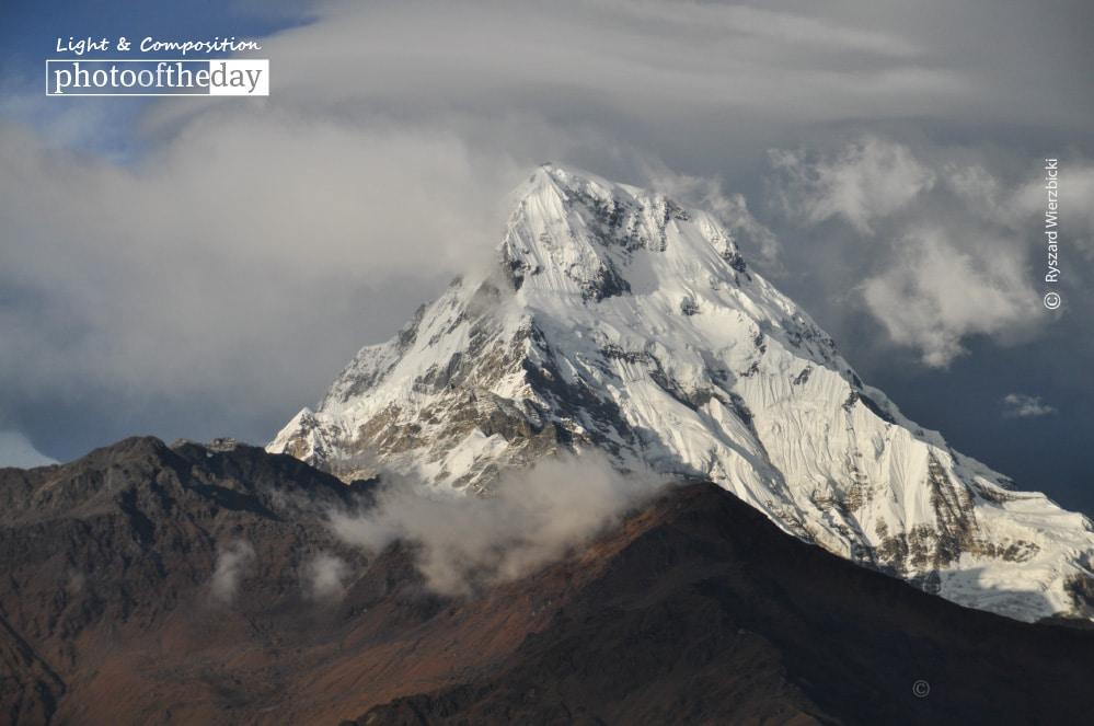 View from Annapurna Circuit, by Ryszard Wierzbicki
