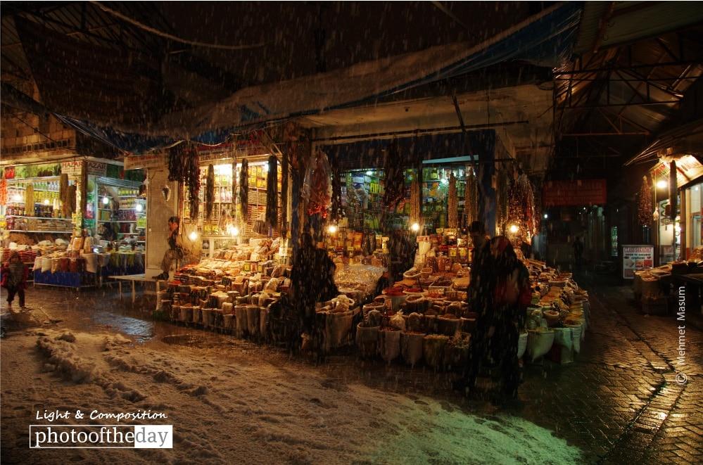 Snowing in Diyarbakir Bazaar, by Mehmet Masum