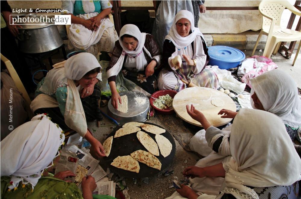 Traditional Kurdish Pie-baking, by Mehmet Masum