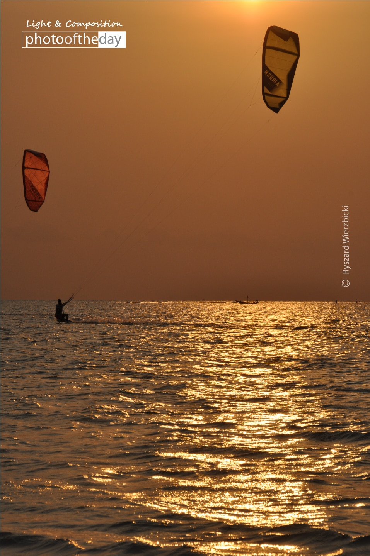 Two Kites and the Horizon, by Ryszard Wierzbicki