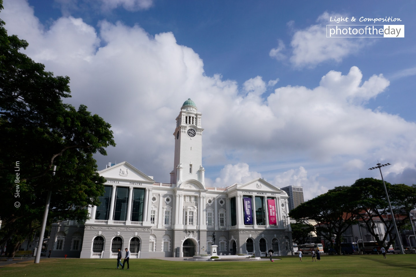 The Victoria Theatre and Concert Hall, by Siew Bee Lim