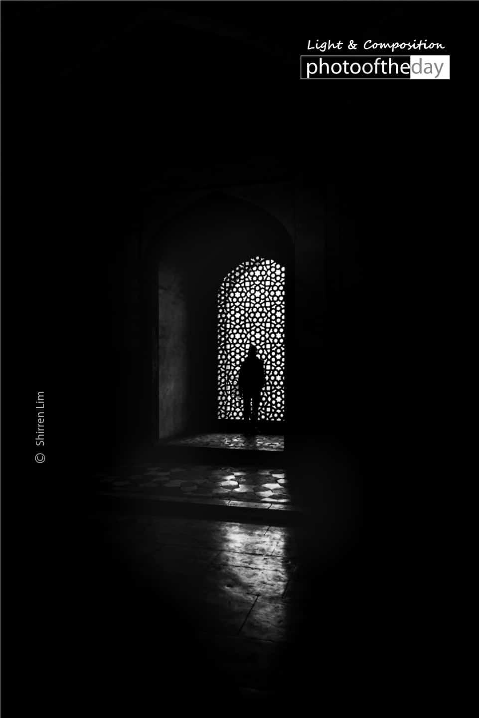 Inside Humayun Tomb by Shirren Lim