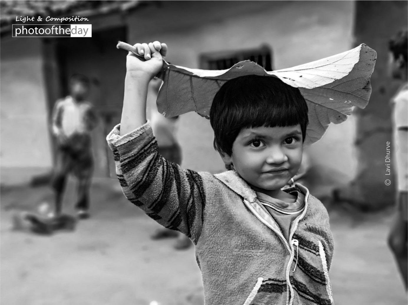 Jhummur Jhummur Aaki by Lavi Dhurve