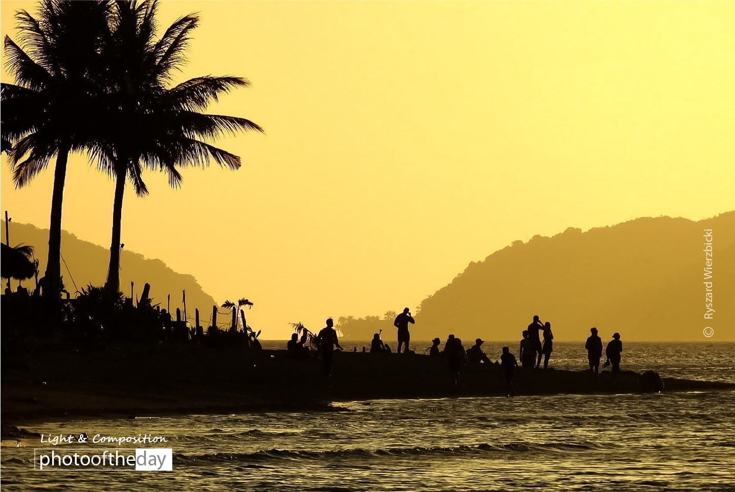 Peninsula Sunset by Ryszard Wierzbicki