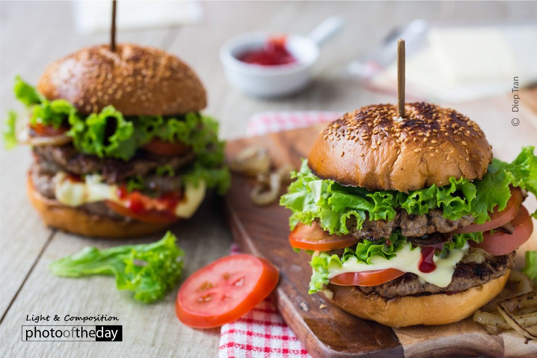 Oz Burgers by Diep Tran