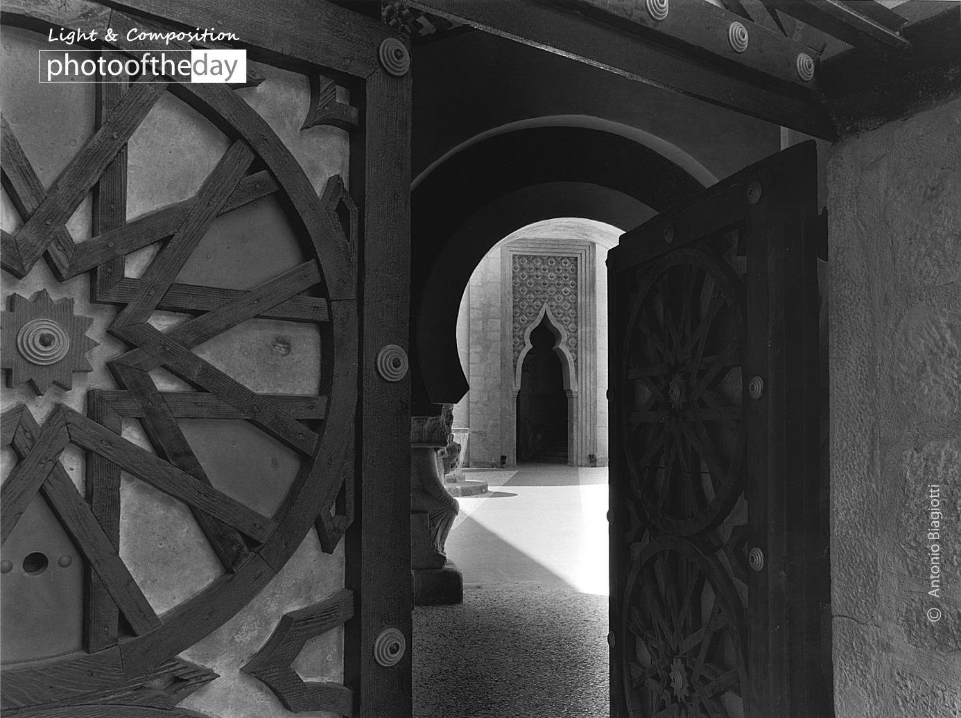 Entrance Door of Rocchetta Mattei by Antonio Biagiotti