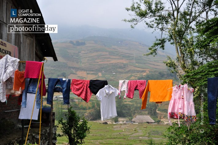 Drying Cloths in Ta Van, by Ryszard Wierzbicki