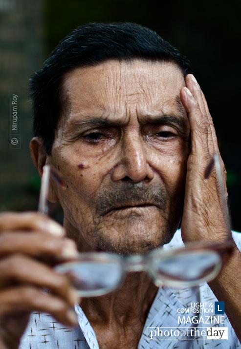 Blurred Retrospect, by Nirupam Roy