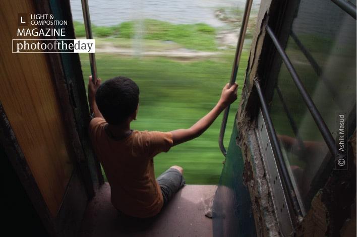 Train Runner, by Ashik Masud
