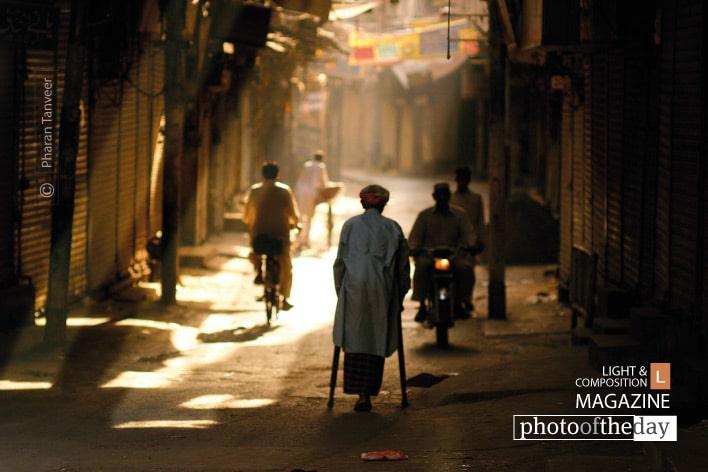 Commutes, by Pharan Tanveer