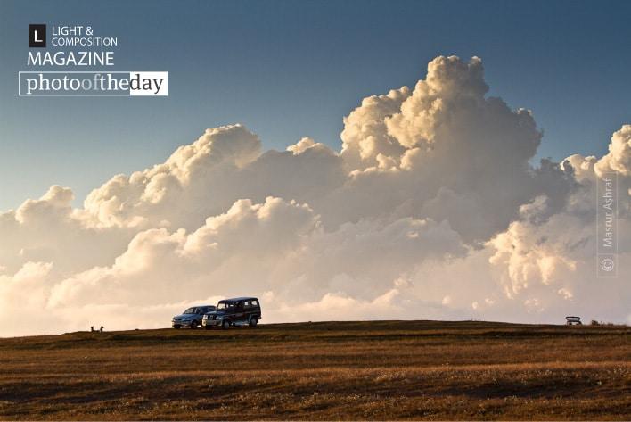 Under the Blissful Clouds, by Masrur Ashraf