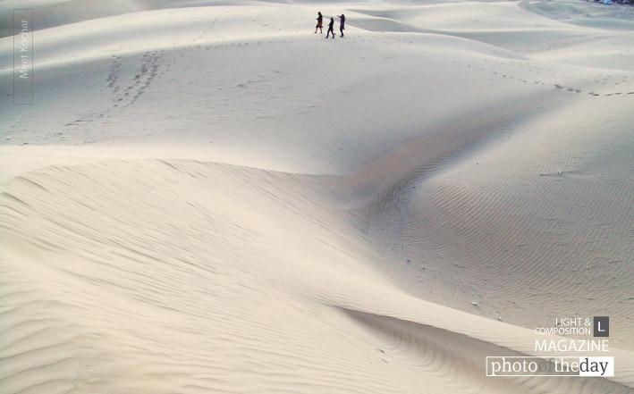 Deserted in Desert, by Meet Kochar