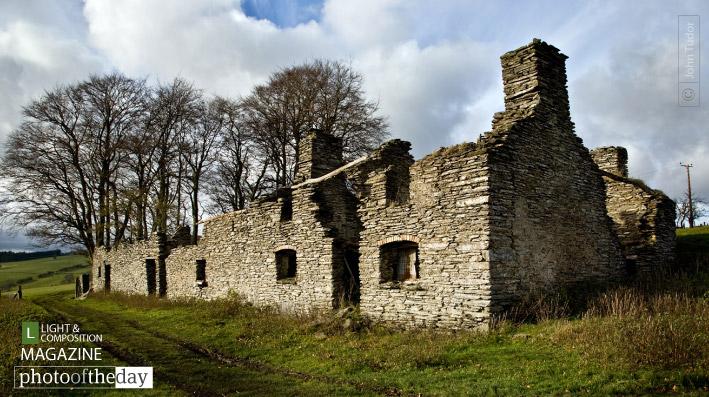 Old Stone Farm House, by John Tudor