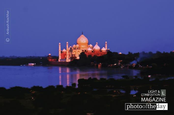 Taj Mahal Night, by Ankush Kochhar