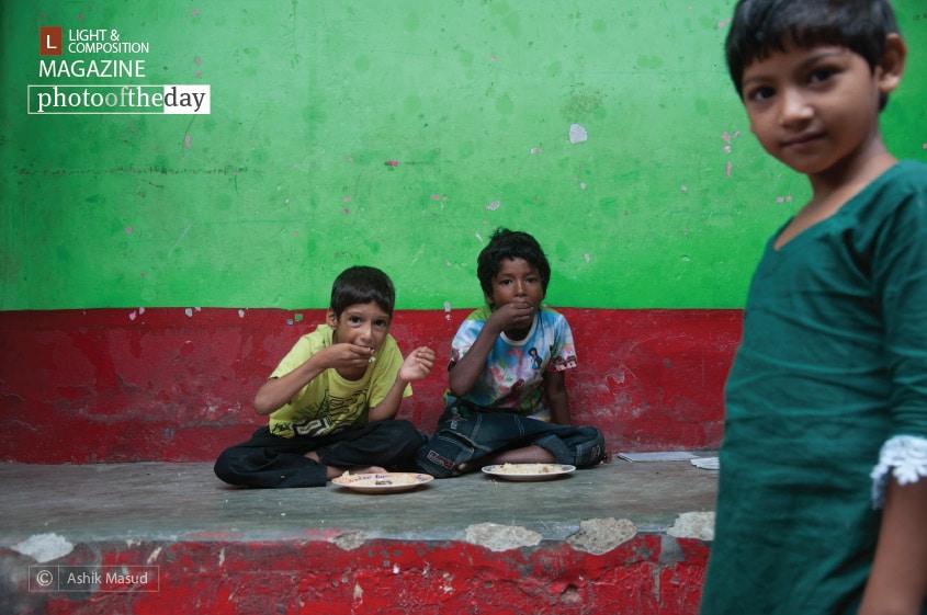 Bihari Refugee in Geneva Camp, by Ashik Masud