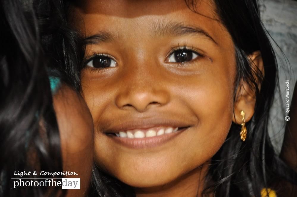 Mumbai Slum Smile, by Ryszard Wierzbicki