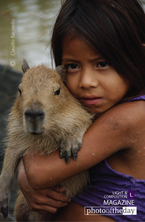Peruvian Girl and Friend, by Claudio Bacinello