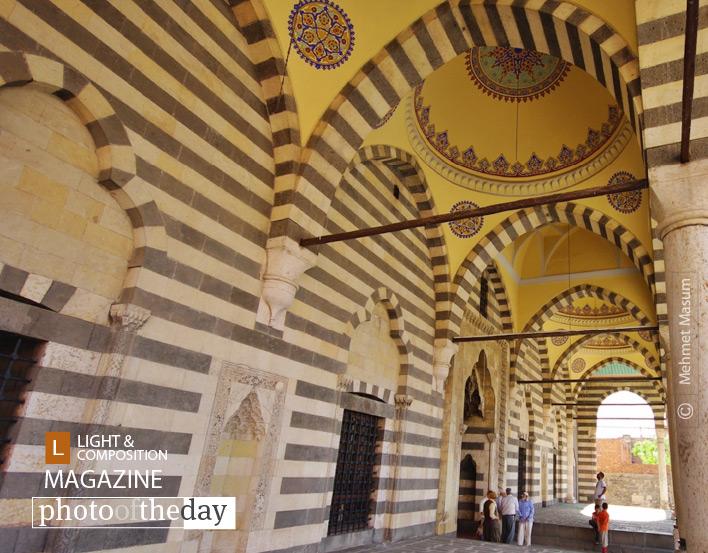 Ottoman Architecture, by Mehmet Masum