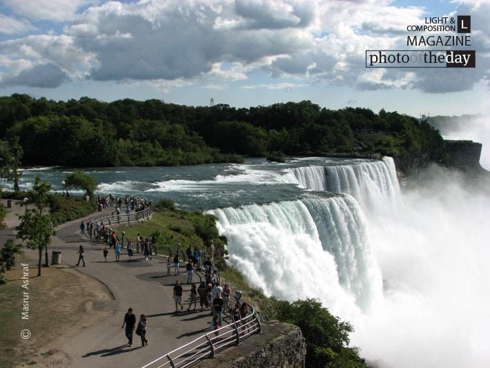Overlooking the Niagara Falls, by Masrur Ashraf