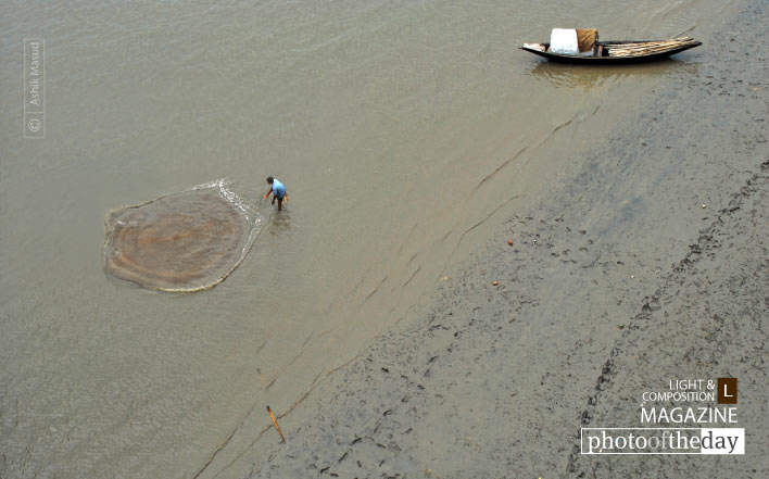 Fishing in Rupsha, by Ashik Masud