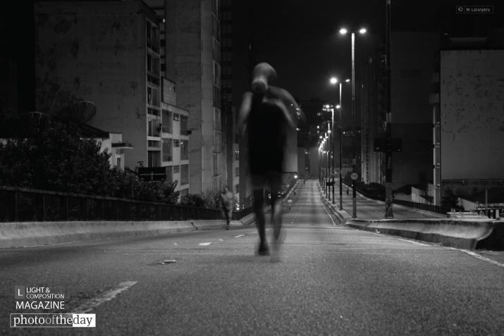 Running at Elevado Costa e Silva, by Marcus Laranjeira
