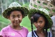 Balinese Girls, by Ryszard Wierzbicki